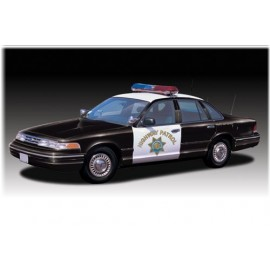 Model Plastikowy Radiowóz Ford Crown Victoria Lindberg