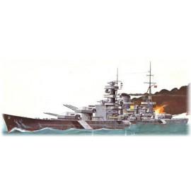 Model Do Sklejania Niemiecki okręt wojenny Scharinmorst Lindberg