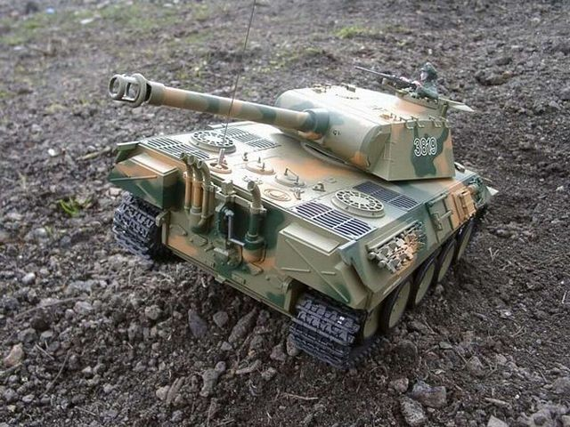 czołg rc panther